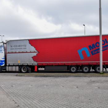 Mooij-red-trailer-truck (1)
