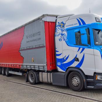 Mooij-red-trailer-truck (3)