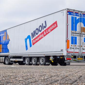 Vrachtwagen-transport-trailer (4)