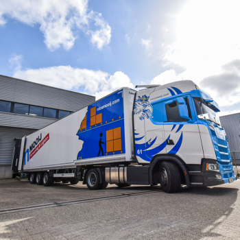 Warehouse-transport